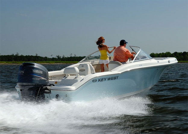 Aft - KW 21' Rental Boat